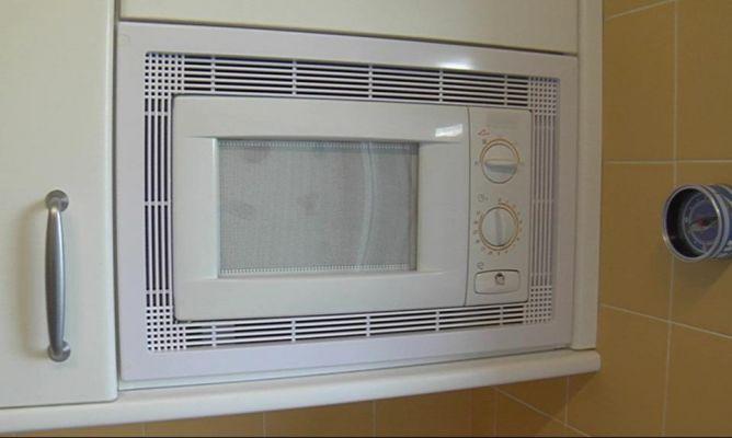 Rejillas de ventilaci n y marcos microondas blog de bricca - Rejillas de ventilacion para banos ...