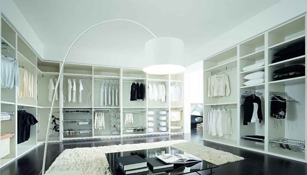 Foto-interior-de-armario