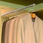 Percheros extraibles, una solución para su armario.